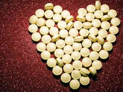 aspirin-for-heart-disease-and-prevention-of-cancer1-500x375