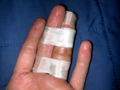 fingerbuddytape