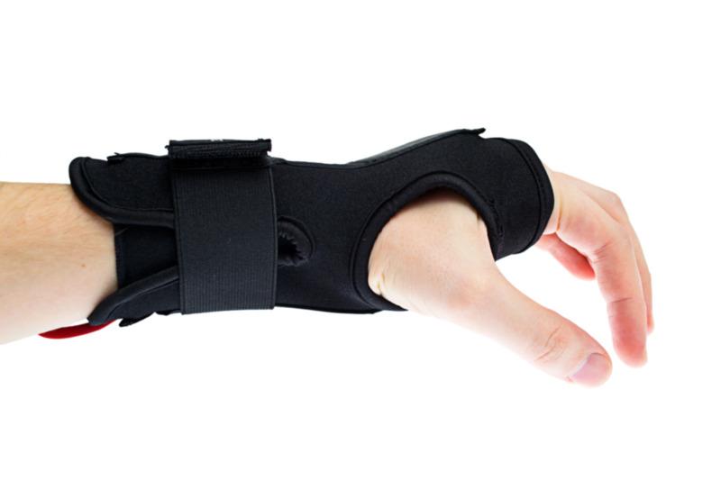 Carpal-tunnel-wrist-bracing